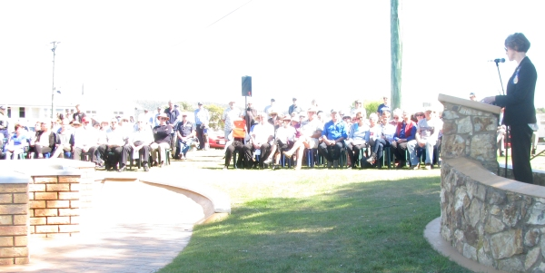 The Tasmanian Governor addressing the Memorial Service gathering.